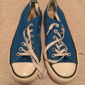 Royal blue converse *MAKE ANY OFFER*
